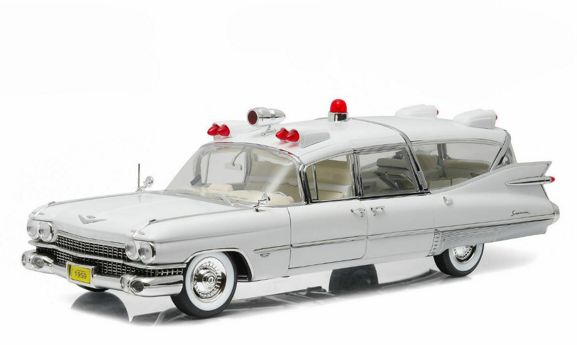 GREENLIGHT 18004 CADILLAC S&S 48 HIGH TOP 1966 AMBULANCE  1/18 | Outlet Store Online