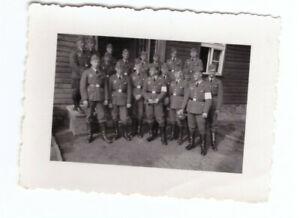 Foto-2-WK-deutsche-Soldaten-Kaserne-Luftwaffe-ca-1940-Wehrmacht-WW2-C42