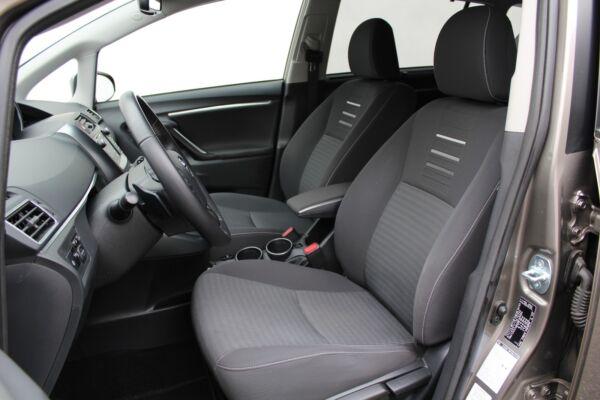 Toyota Verso 1,8 VVT-i T2 Premium MDS 7prs - billede 4