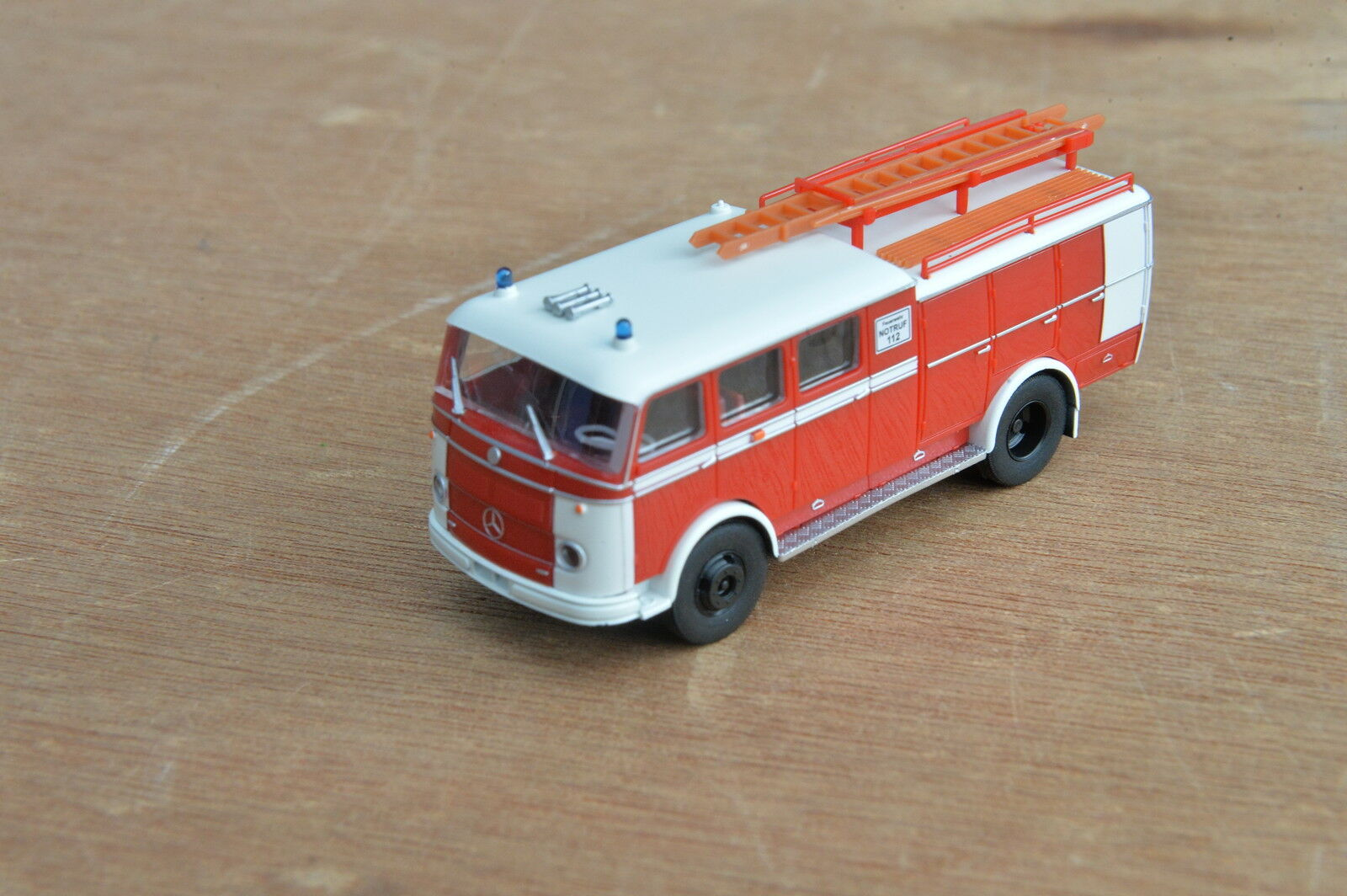 H0 1 87 Heico HC2008 Fire Brigade TLF16   Bachert   It Pullman Family Original