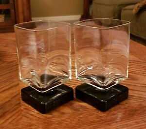 2-Di-Saronno-Black-Square-Footed-Rocks-Cordial-Liquor-Bar-Glasses-Vintage-1970s