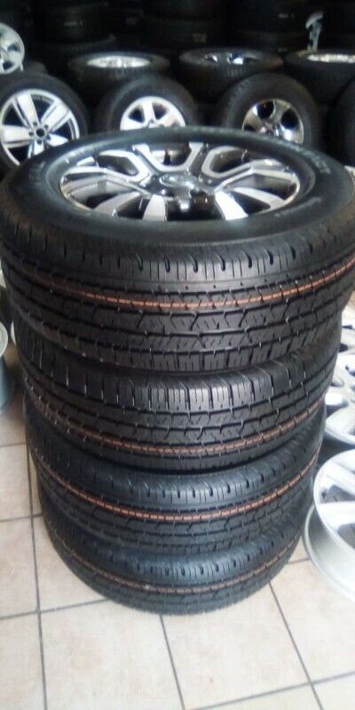 """18"""" Ford Ranger Wildtrack mags with brand new 265/60/18 Continental set for R10999."""