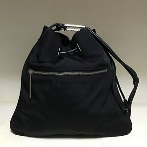 Pre-Owned-Vintage-Authentic-Gucci-Nylon-Drawstring-Shoulder-Bag