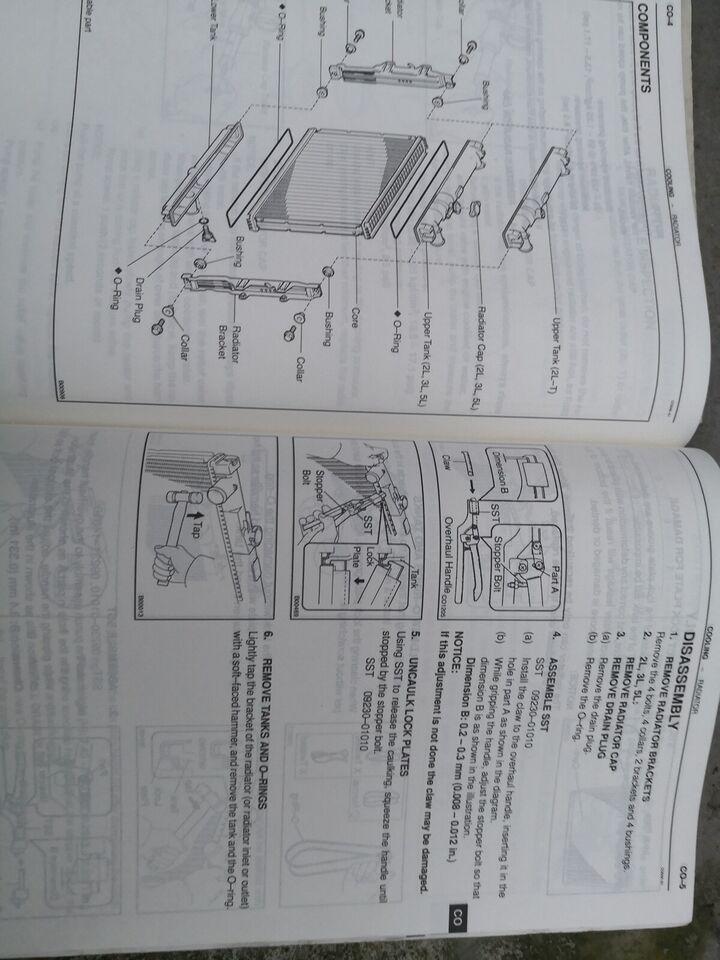 (126)Værkstedsbøger, Toyota motorbøger 2L mv
