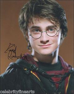 2-Photos-Daniel-Radcliffe-Harry-Potter-2-Hand-Signed-Autograph-8x10-Reprint-NEW