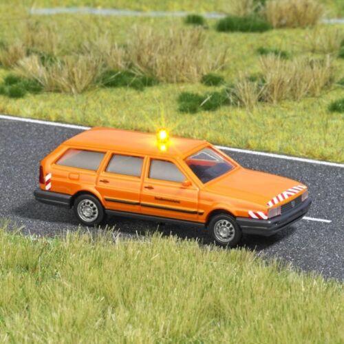 """pista h0 Busch 5610 VW Passat Variant /""""straßenmeisterei/"""""""