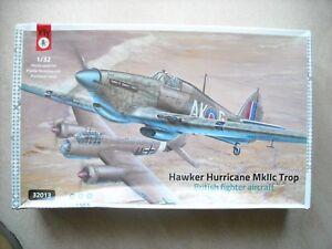 FLY Models 1//32 Hawker Hurricane Mk.IIc Trop Model Kit
