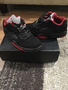 timeless design f68c4 113be Details about Air Jordan 5 Retro Low Alternate 90 Size 8.5 Black gym  Red-black Excellent W Box