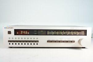 Blaupunkt-t-150-Tuner-Recepteur-le-FM-10-Presets-verifie-analogique-numerique-echelle