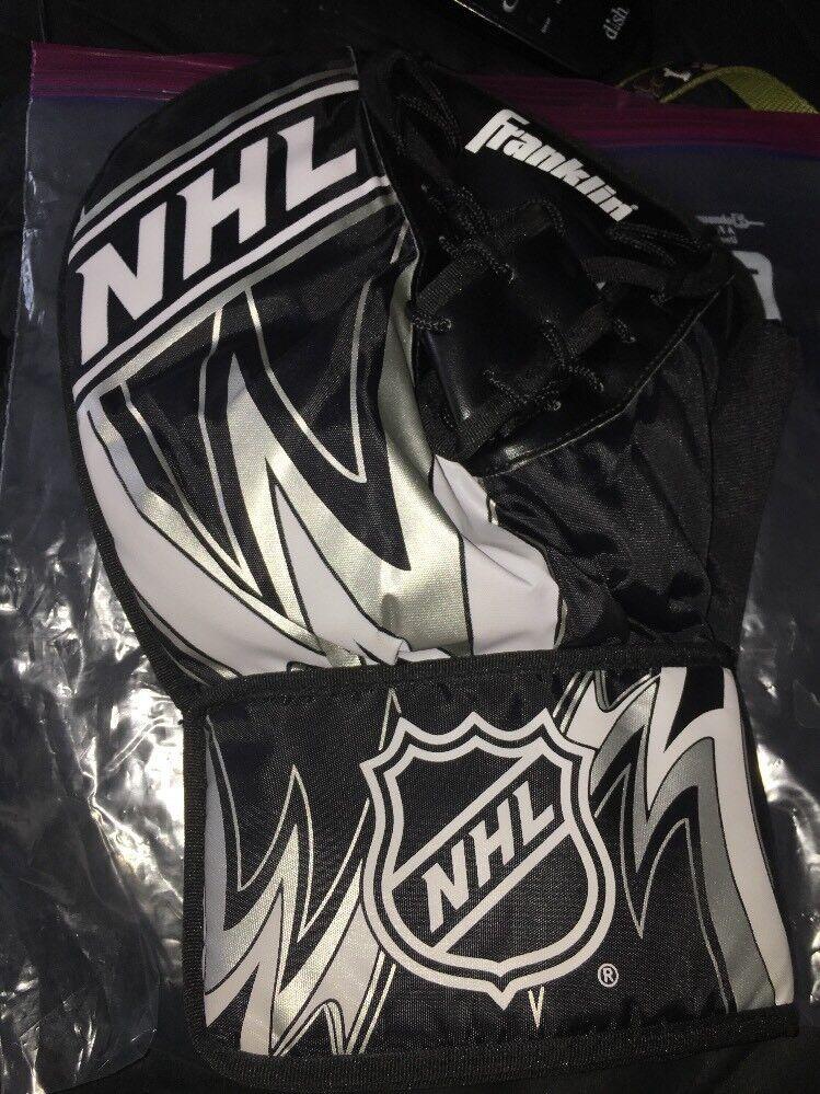 Roller Hockey Guard Glove