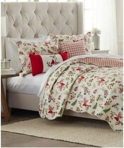 New Cardinals Winter Song Standard Pillow Shams 100/% Cotton Holiday Pattern