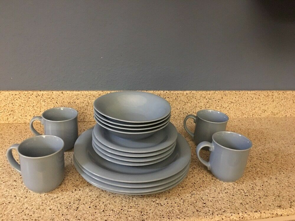 Mount Clemens Pottery Stoneware  bleu Slate  Softones  1989  In Original Box
