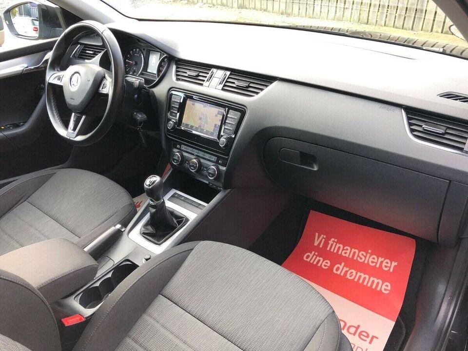 Skoda Octavia 2,0 TDi 150 Style Combi Diesel modelår 2016 km