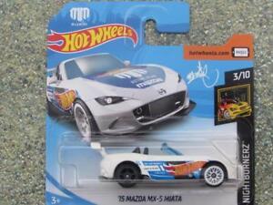 Hot-Wheels-2018-040-365-2015-Mazda-MX-5-Miata-Blanco-Nightburnez