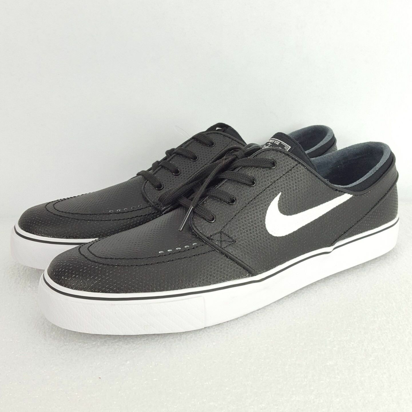 Nike Mens SB Portmore Canvas Skateboarding Shoes 723874-001 Sz 12 Black White Comfortable and good-looking