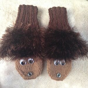 Knitting Pattern Hedgehog Mittens : Hedgehog Mittens Knitting Pattern - Birthday Present Gift ...
