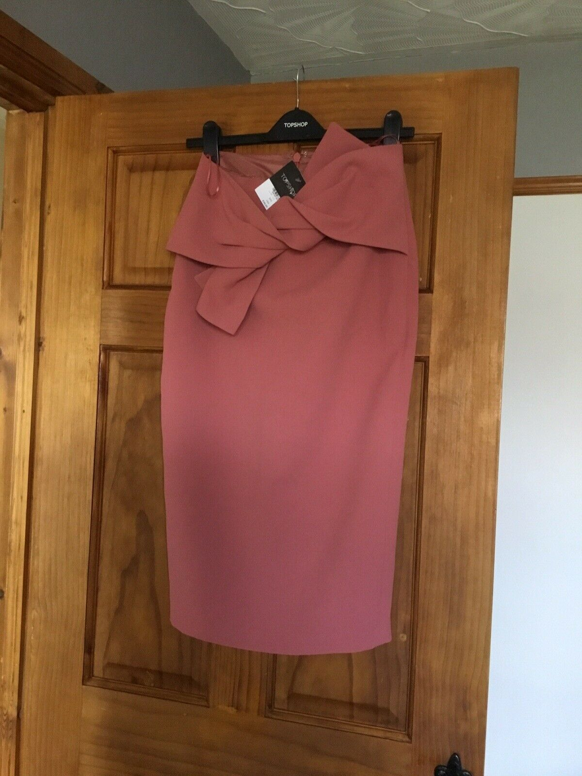 Topshop pink Midi Skirt With Front Bow UK Size 6 BRAND NEW