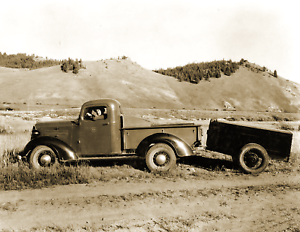 1937-US-Forest-Service-Fire-Pump-Unit-ID-Vintage-Old-Photo-8-5-034-x-11-034-Reprint