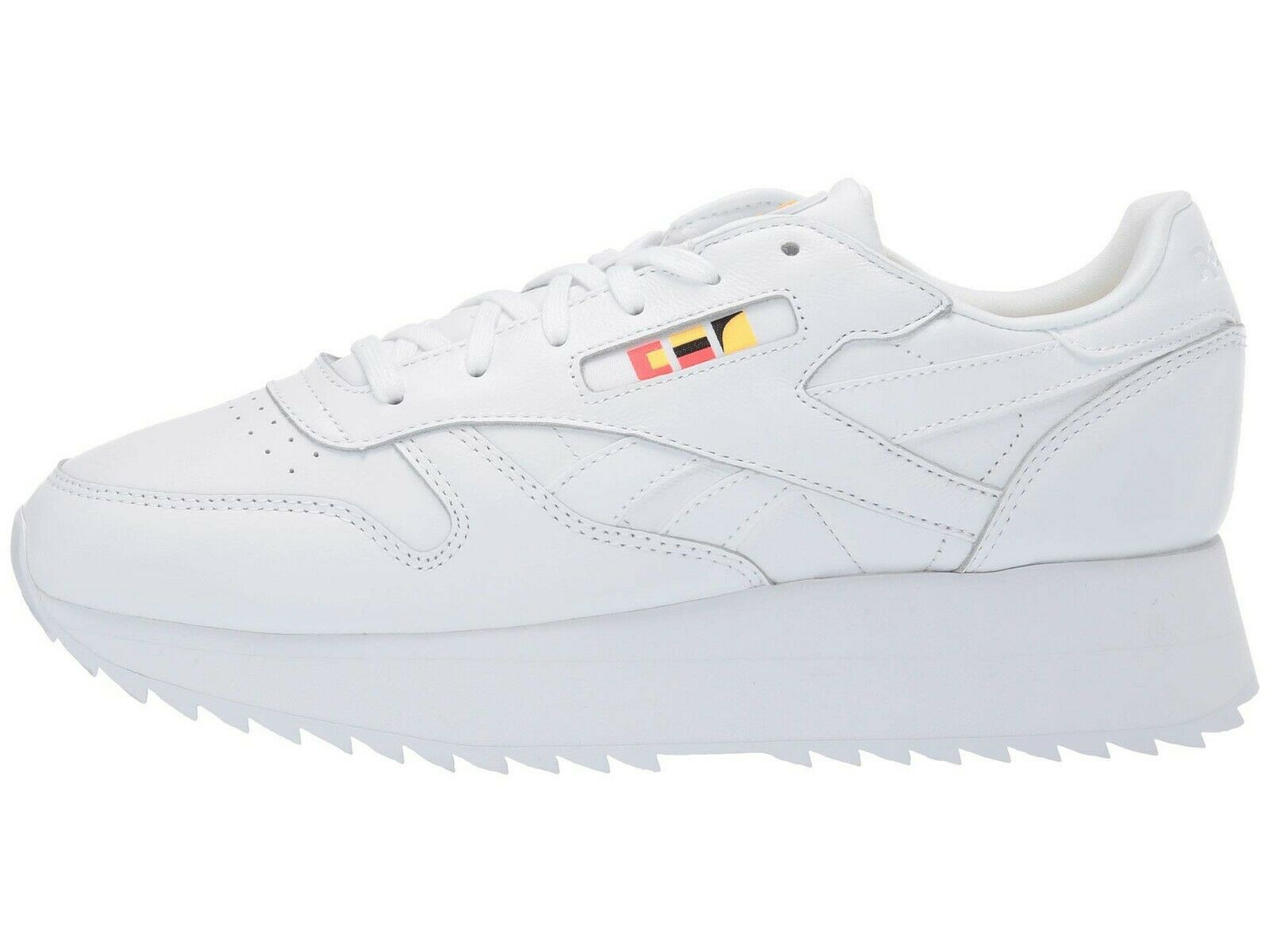 Reebok Women's REEBOK x GIGI HADID Classic Leather Double shoes White DV5391 d