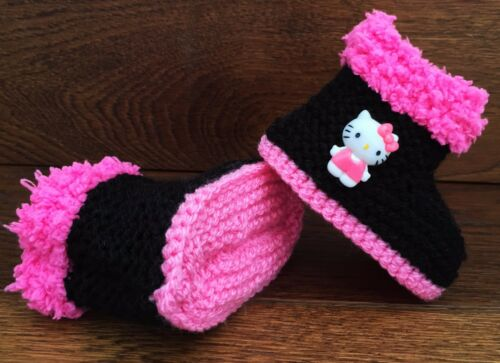 Baby Girl Goth Emo Punk Hand Knitted Booties//Boots Hello Kitty Black Pink 0-12M