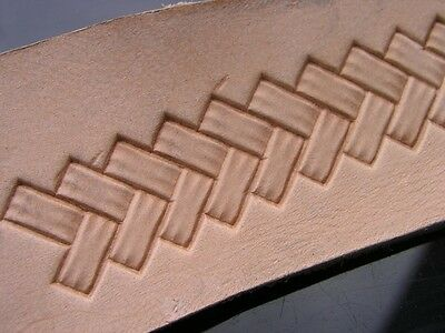 013-07 Braid QUADRATIC Stamp BRASS leather Tool Saddlery Punch 3D
