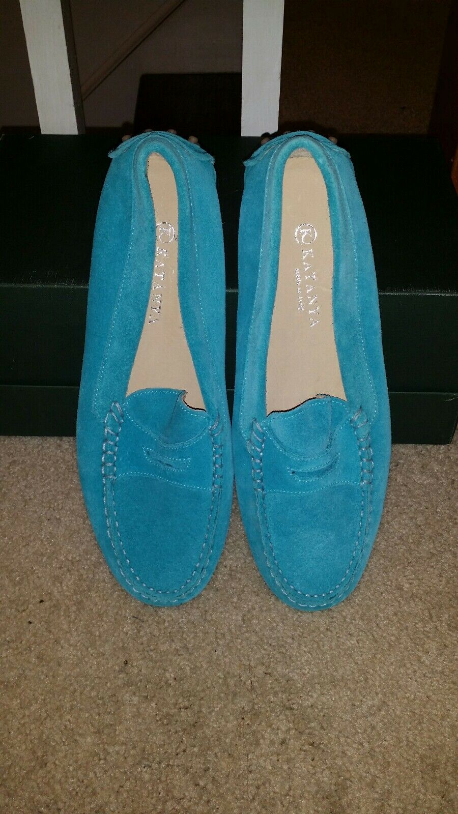 Damenschuhe baby Blau  Leder loafers Größe 8.  Blau Easy sliders and good for driving. f637d7