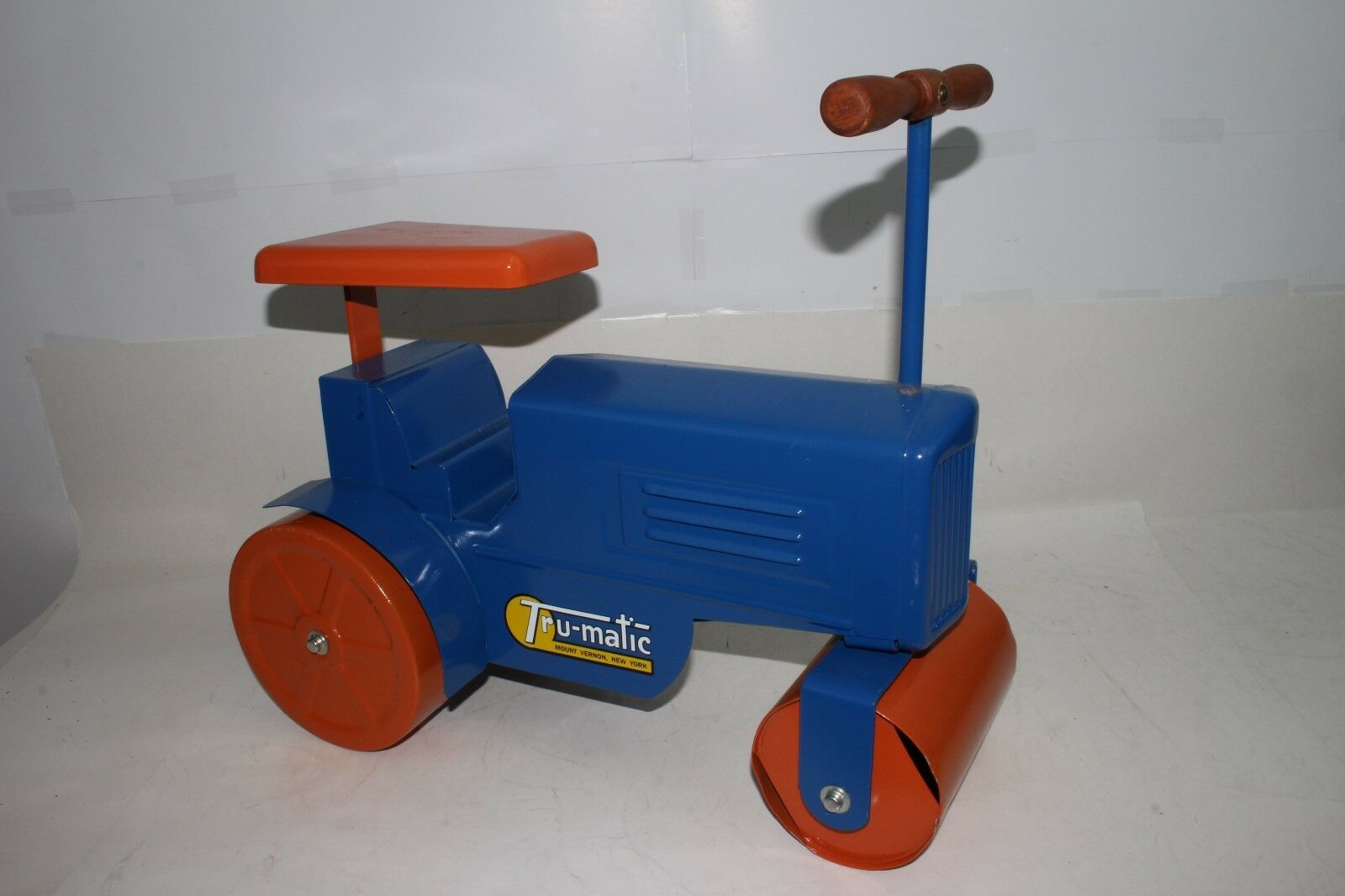 1950's Tru-Matic Ride On Tractor, RestGoldt, Nice