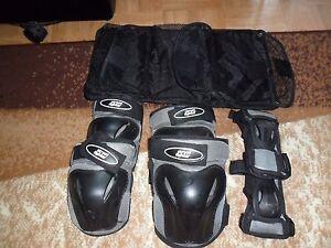 board-Schutz dreiteiliges Set S A8D3 Handgelenk, Ellenbogen, Knie rot schwarz