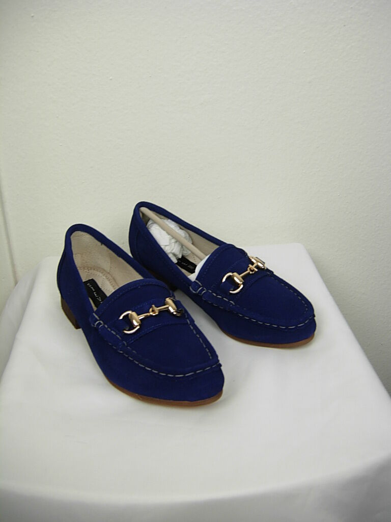 NWT  109 Steven Steven Steven Surrey Loafer Navy bluee Suede with gold Hardware Size 6 5ddd9b