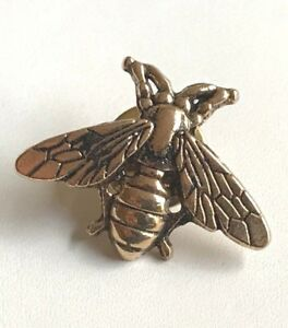 24eb368f79b Gold Bee Pin Brooch Plated Tie Tac Lapel Insect Bea Bumble