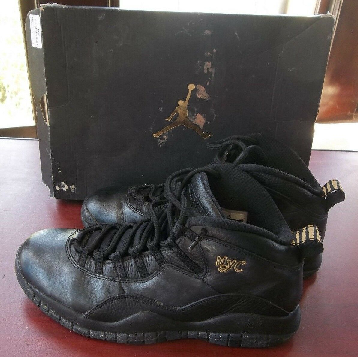 Nike AIR JORDAN 10 Retro DISCOUNT HIGHTOP KICKS Size 10 Mens Original Box NYC