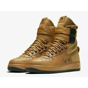 Nike Women 12 Special Field Air Force 1