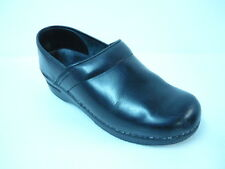 Sanita Professional Clogs Women's Black Leather Shoes Sz 39/8.5-9M