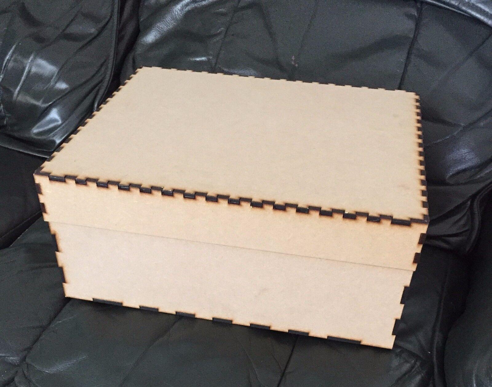 Vigilia DI NATALE BOX IN MDF 300x 300 x 100mm Multi Listing