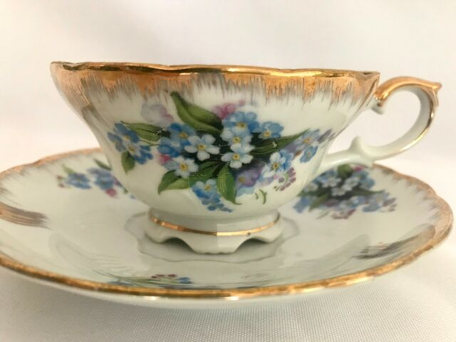 VTG China Footed Tea Cup Saucer Gold Rim Marked Japan Wreath Clover Blue Purple