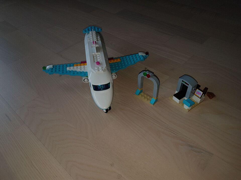 Lego Friends, Flyvemaskine
