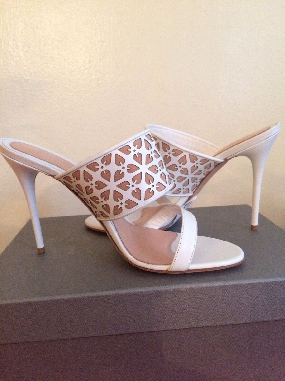 NEW,Alexander MQueen shoes high heels, SZ 40, white leather, made in