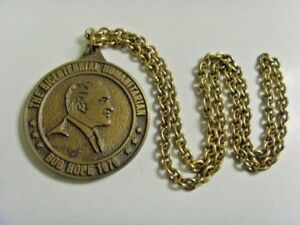 1976 bob hope bicentennial humanitarian huge medal babe zaharias classic fv1558