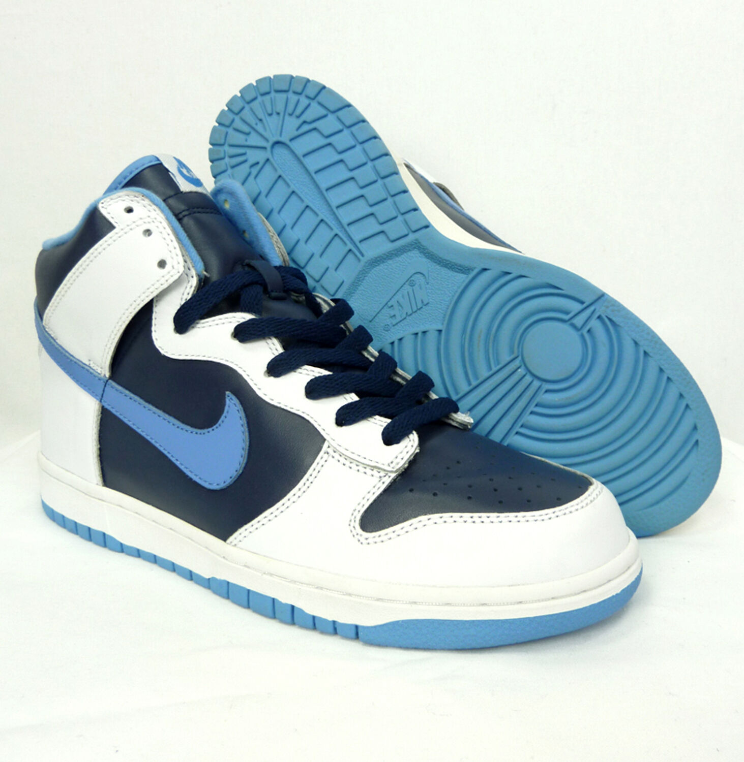 NEW WITH BOX NIKE DUNK HIGH HI SNEAKERS LIMITED EDITION DEADSTOCK SIZE 9 US