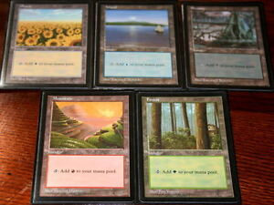 Lot-de-5-terrains-de-base-APAC-Red-Pack-Basic-Lands-Magic-mtg-Rouge-Opened