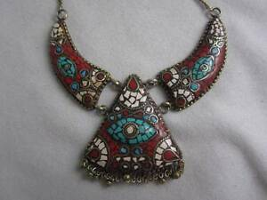 AMAZING FANCY CORAL TURQUOISE & SHELL MOSAIC ORNATE PENDANT / BIB NECKLACE