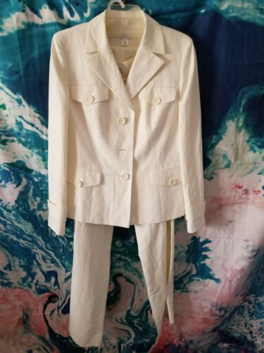 Womens pant suit size 12 regular