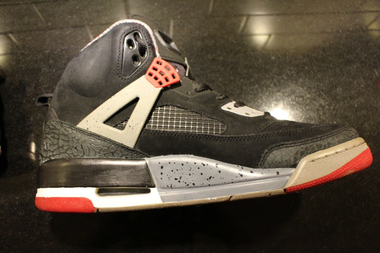 buy online cf382 6e5df Nike Nike Nike Air Jordan Spiz ike Black Red-Cement Grey-Military