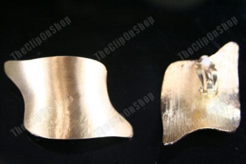"""2,25 /""""gran Clips Power Chic 80s Metal pendientes Dorado//plateado curva de tono de forma cuadrada"""