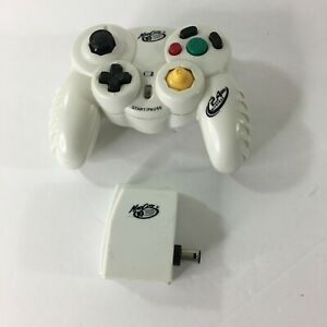 GameStop MadCatz 5686 2.4GHz Wireless Nintendo GameCube Controller W/ Receiver