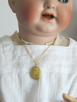 Bijou mini collier pendentif porte photo coquille poupée ancienne//poupée moderne