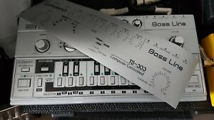 Roland-TB-303-Folie-silber-schwarz