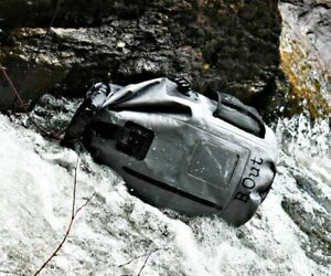 B-Out-Backpack-WATERPROOF-GREY-Dry-Bag-Kayak-Hike-Fish-Lake-QUALITY