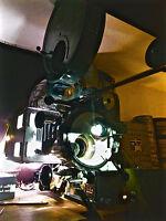 Kompakter portabler 35mm Film Projektor mit hoher Lichtleistung bis 2000W Xenon