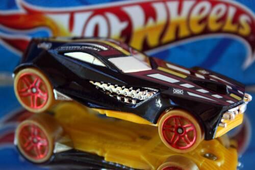 2014 Hot Wheels HW City Street Beasts Urban Agent